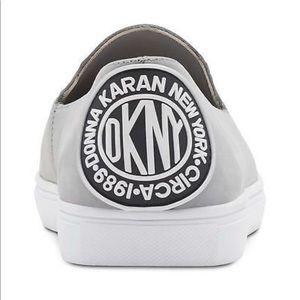 DKNY Womens Jilian Leather Low Top Loafers